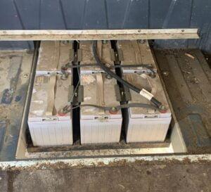 Mega lead-acid batteries